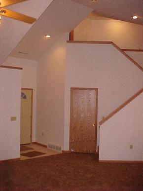 Atwater Ohio for rent.  14' vaulted ceilings.  2 car garage. Click on the photo for details.